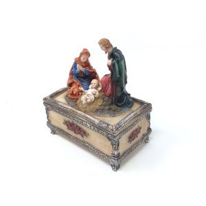 Baby Jesus William and Mary Ceramic Keepsake Box